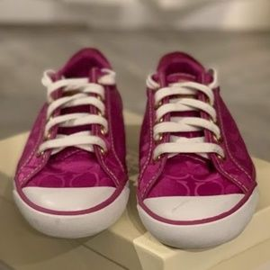 Coach Shoes Barrett in Berry Color